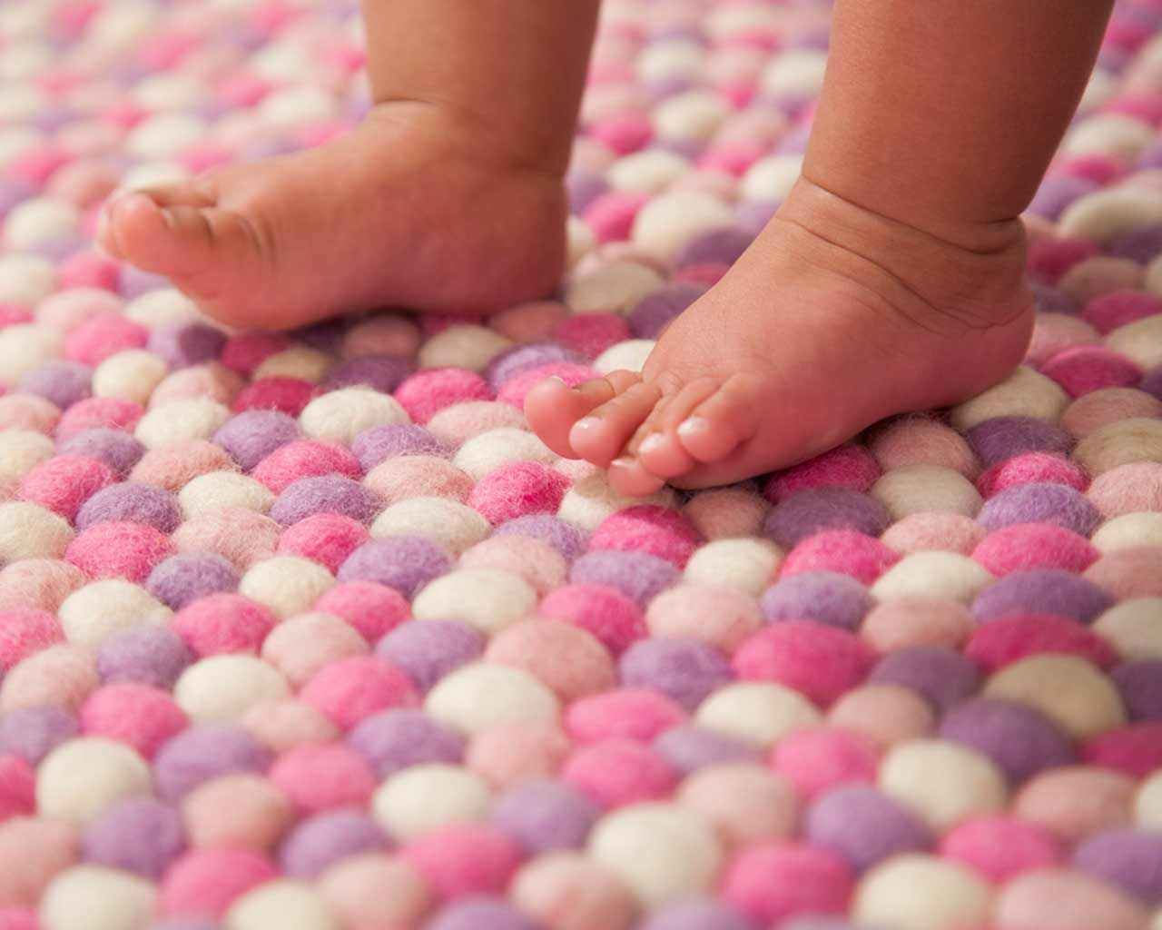 baby feet soft rug bio friendly carpet